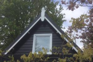 Het-Zeeuwse-Huisje-vooraanzicht-dak